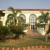 """<strong>Основное здание отеля """"The Zuri White Sands Goa Resort and Cfsini 5*""""</strong><br/> <span style=""""font-size:0.8em"""">Используйте стрелки чтобы листать изображения</span><br/> <a href=""""http://turidei.ru/gallery/user/art/62/2057""""><span style=""""font-size:0.8em"""">Комментировать(0)</span></a> <a href=""""http://turidei.ru/gallery/user/art/62/2057""""><span style=""""font-size:0.8em"""">Рейтинг:(0)</span></a>"""