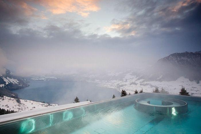 Зимние бассейны в отелях